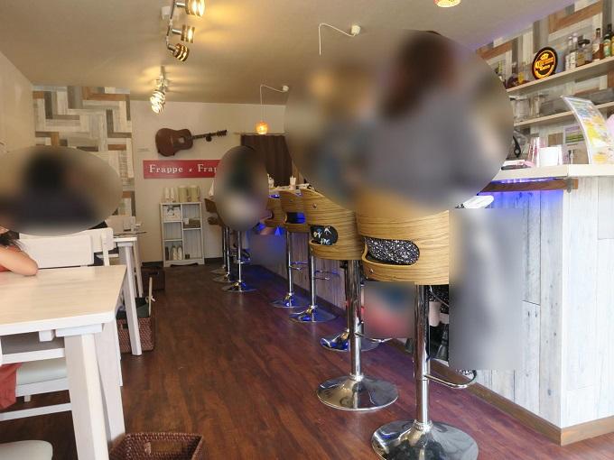 Cafe&Bar フラッペ×フラッペ 内観